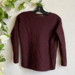 TAHARI Sweater 100% Fine Merino Wool